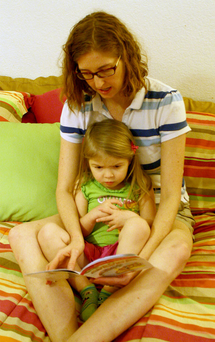 How to Read to Little Ones and Enjoy it