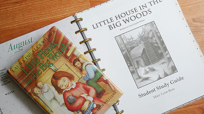 How to Use a Happy Planner to Organize Your Homeschool Student Literature Unit